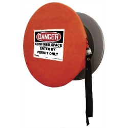 Master Lock S203CS Solid, Lockable Confined Space Cover